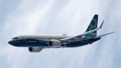 Boeing a reluat producția avionului de pasageri 737 MAX