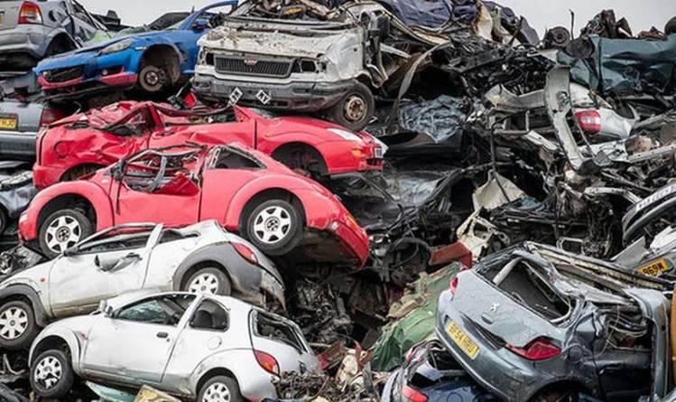 Programul Rabla: Vehiculele predate pentru casare pot fi radiate din oficiu. Atenționare privind păstrarea numerelor