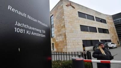 Renault încearcă din nou o fuziune cu Nissan pentru a putea cumpăra Fiat – Chrysler
