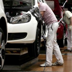 UPDATE: România și Bulgaria speră să schimbe decizia Volkswagen pentru noua uzină din Europa de Est
