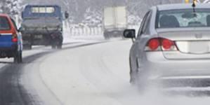 Drumuri închise și restricții rutiere din cauza viscolului