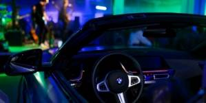 """BMW și Urma, un """"secret gig"""" în lumea mașinilor premium"""