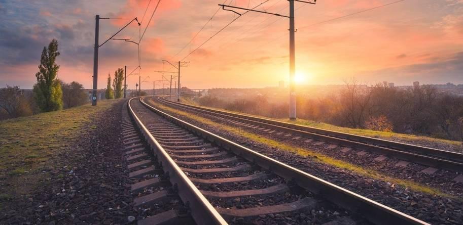 Ministrul Transporturilor promite că execuția căii ferate către Aeroportul Otopeni va fi încheiată în timp util pentru EURO 2020