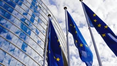 """Comisia Europeană avertizează România că va """"acționa rapid"""" dacă Legile Justiției contravin statului de drept"""