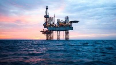 România poate pierde miliarde de dolari din cauza întârzierii extracției de gaze din Marea Neagră