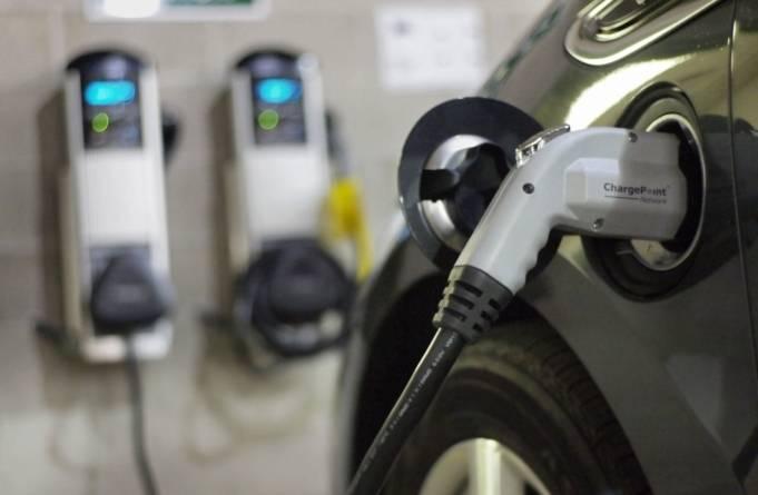 UPDATE Rabla Plus 2019: Ce mașini electrice puteți achiziționa cu bonus de 10.000 de euro de la stat