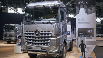 Arocs, premiera Mercedes-Benz la Bauma 2019