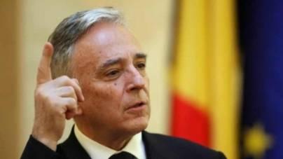 Mugur Isărescu: Aderarea la zona euro nu rezolvă automat problemele unei economii, ba poate chiar să le agraveze