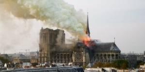 UPDATE VIDEO Arde catedrala Notre Dame din Paris