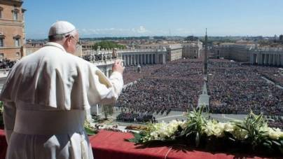 Zi de mare sărbătoare în România: Paștele romano-catolic și Floriile au readus românii la religie