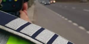 Noi isprăvi ale șoferilor români pe autostradă: viteză de 246 km/h și circulație pe contrasens