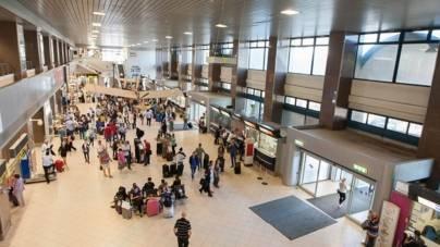 Trei milioane de călători pe aeroporturile din București în primul trimestru. La Otopeni va fi implementată recunoașterea facială