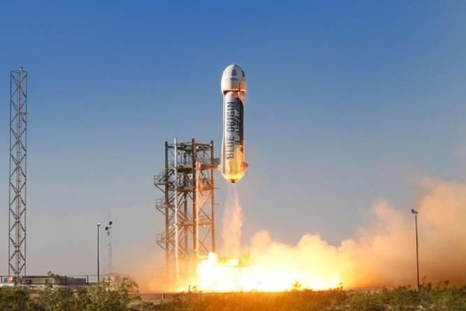 Cucerirea spațiului, preluată de la guverne de firme private. Compania lui Jeff Bezos a lansat Blue Origin