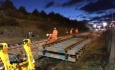"""Directorul CFR despre calea ferată către aeroport: """"Nu avem de ce să ne oprim, şi aşa termenul este foarte scurt"""""""