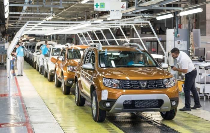 Producția de automobile a României a scăzut cu o treime în acest an