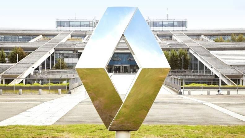 Fitch Ratings sperie acționarii Renault în privința ratingului. Brandul Dacia, o provocare în privinţa emisiilor