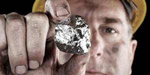 România redeschide exploatările de minerale rare pentru a atrage producătorii de baterii