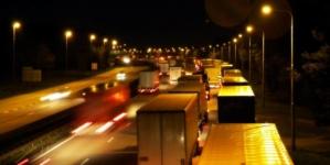 Posesorii români a peste 52.000 de camioane pot obține despăgubiri de la producătorii acestora