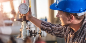 Ministrul Economiei continuă să creadă că liberalizarea pieței gazelor va reduce prețul. Mulți români nu știu nimic despre asta