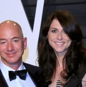 Jeff Bezos, fondatorul Amazon, mai sărac cu 38 de miliarde de dolari în urma divorțului