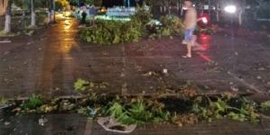 UPDATE: Fenomen meteo extrem într-un paradis de vacanță. Doi cetățeni români au decedat, un al treilea este rănit