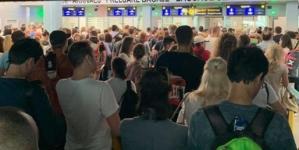 Eficientizare cu cârpeli la Aeroportul Otopeni