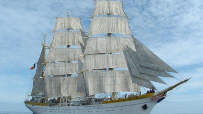 Bricul Mircea a deschis Festivalul Mării la 80 de ani de la intrarea în serviciul Marinei Române