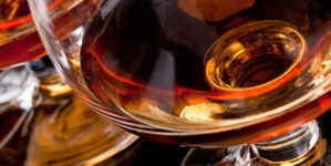 Coniacul, vedeta exporturilor de vinuri şi băuturi spirtoase ale Franței