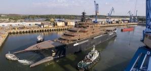 La Tulcea a fost lansat la apă cel mai mare iaht din lume   VIDEO