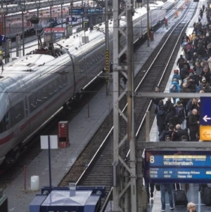 Germania modernizează căile ferate ca alternativă la transportul rutier. Deutsche Bahn intenţionează să investească 12,2 mld. euro