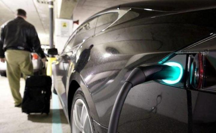 Cercetătorii Penn State University susțin că au găsit soluția de a încărca bateriile unei mașini electrice în doar zece minute