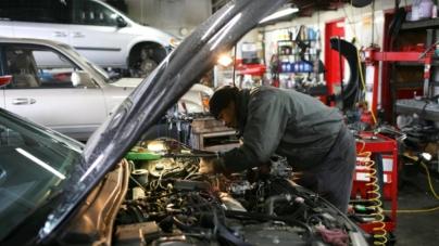 Euroins: Conform tarifelor pentru manoperă, unii mecanici auto ar trebui să fie mai bine plătiți decât președintele României