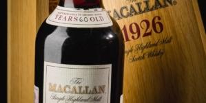 Nou record la licitație. Sticlă de whisky vândută cu 1,7 milioane de euro
