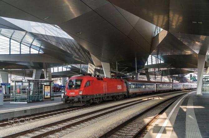 De la Viena la Satu Mare în 8 – 10 ore la un preț cuprins între 31 și 46 de euro