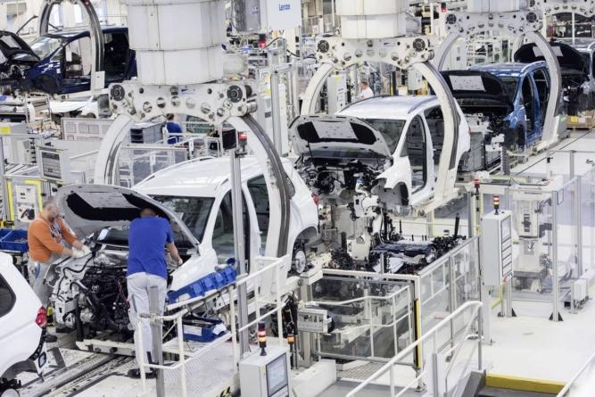 Toyota redevine cel mai mare producător auto. Surprize în Top 10