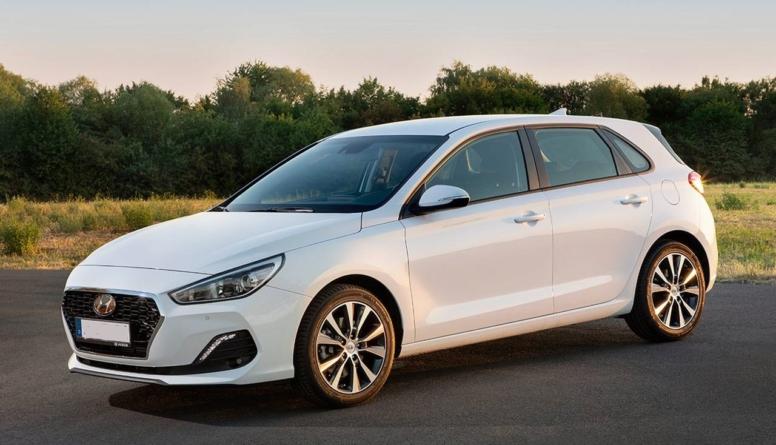 Surprize în clasamentul mașinilor compacte cu cea mai bună valoare de revânzare. Volkswagen Golf nu intră în Top 3