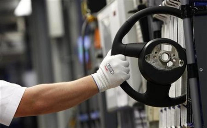 Poveste de succes: Românul care face volane pentru Mercedes-Benz, Porsche, Audi sau Volkswagen