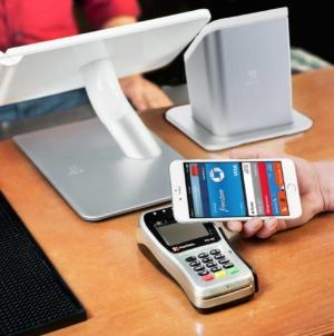 Serviciul Apple Pay ar putea încălca legislaţia europeană în domeniul concurenţei