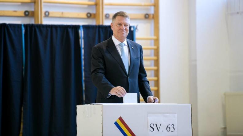 Rezultate exit poll: Klaus Iohannis rămâne președintele României
