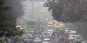 """Măsuri """"comuniste"""" la New Delhi: mașinile vor circula alternativ în funcție de numărul de înmatriculare"""