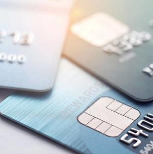 Mari bănci europene lucrează la un dispozitiv pan-european de plăţi care ar putea elimina de pe piață Visa sau Mastercard