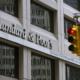 Standard & Poor's (S&P) a înrăutăţit perspectiva ratingului României de la stabilă la negativă