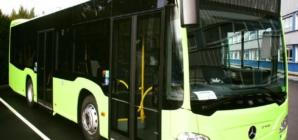 "Primul autobuz hibrid Mercedes-Benz a ajuns la București. Gabriela Firea a ""verificat"" achiziția"