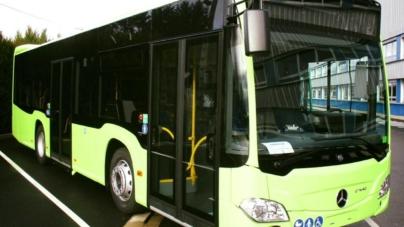 """""""Mărțișorul"""" Gabrielei Firea: Primul autobuz hibrid va sosi la București pe 1 martie"""