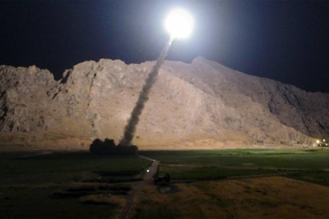 Se repetă scenariul războiului din Golf? Secretarul american al apărării nu are dovezi că Iranul plănuia să atace ambasade