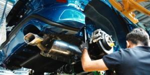 Uzinele Dacia și Ford au produs cu 17.000 mai puține mașini din cauza crizei semiconductorilor