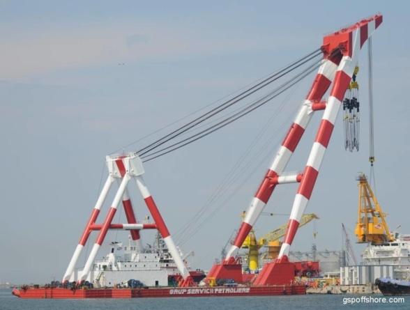 Nava care a eşuat în Portul Midia, cu peste 14.000 de oi la bord, a fost adusă la cheu