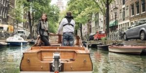 Amsterdam electrifică flota de pe canalele care străbat orașul