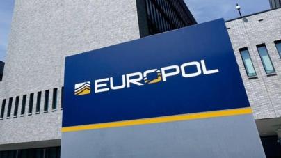 Europol: Infractorii încearcă să comercializeze remedii împotriva coronavirusului contrafăcute