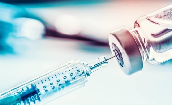 Preşedintele Societăţii de Microbiologie: Probabil va dura doi ani până o să avem un vaccin. Un mod de tratare, disponibil la vară